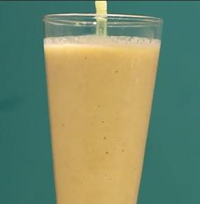 Tropical Quinoa Smoothie With Nutrela Soya